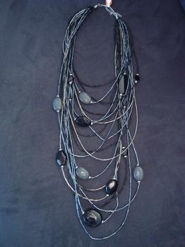 Halsketting zwart/ donkergrijs